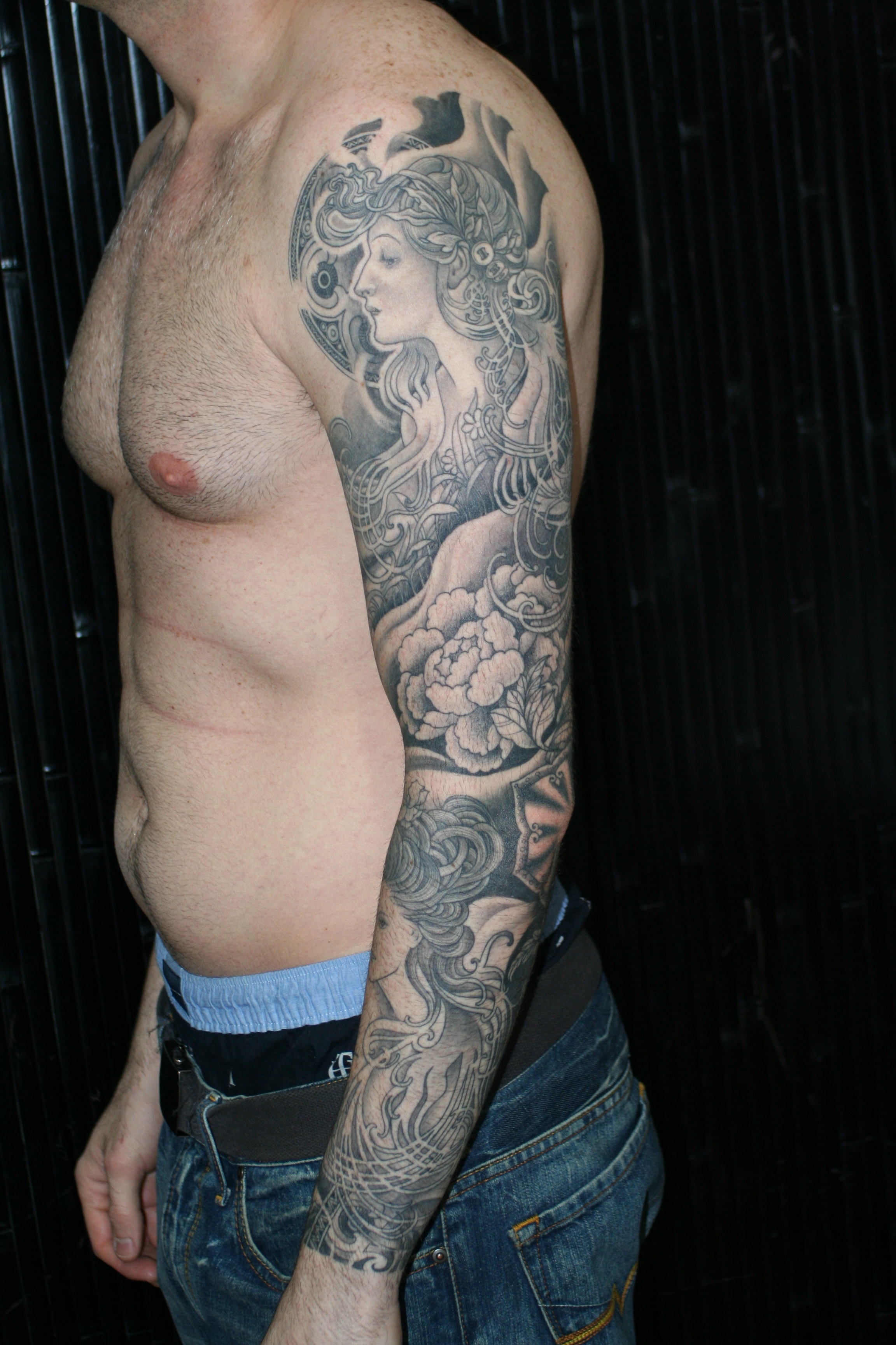 Black gray sleeve tattooing art by yoni zilber for Black and grey sleeve tattoos